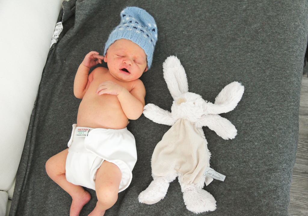 kestovaippailu imsevimse newborn