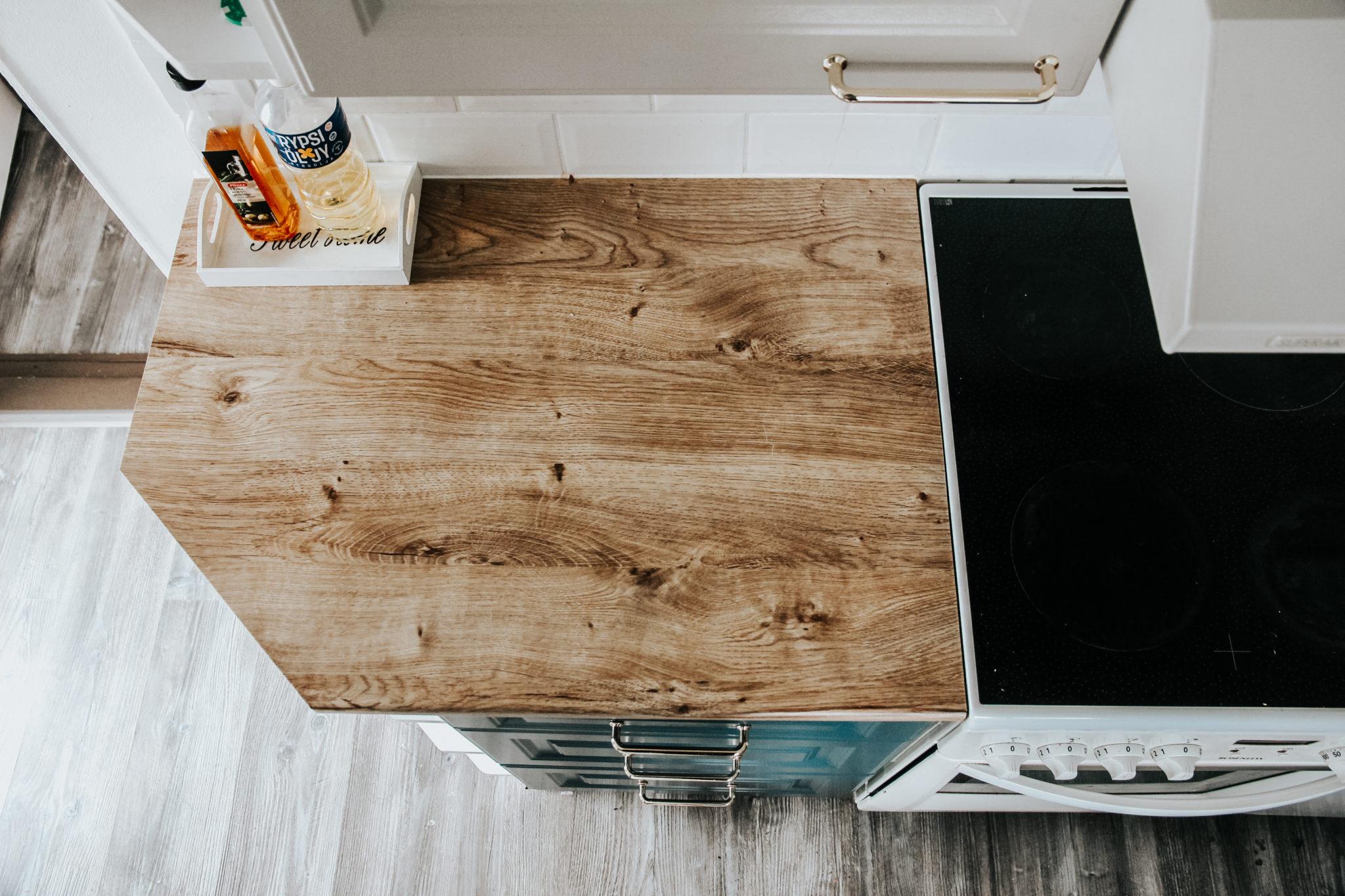 keittöntasojen maalaus keittiön tason päällystäminen